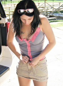 Watch As Avery Changes Her Outfits Outside At The Public Park - Picture 11
